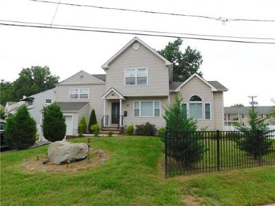Colonia Single Family Home For Sale: 259 McFarlane Road