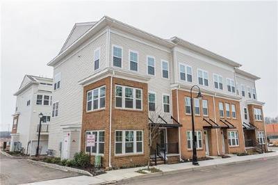 North Brunswick Condo/Townhouse For Sale: 22 Bond Street