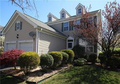 East Brunswick Single Family Home For Sale: 30 Berkshire Way