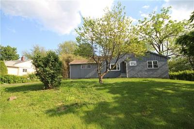 East Brunswick Single Family Home For Sale: 181 Rues Lane