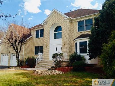North Edison Single Family Home For Sale: 1 Colasurdo Court