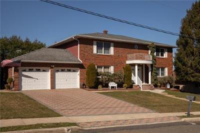 Sayreville Single Family Home For Sale: 69 Douglas Street