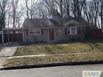 Edison Single Family Home For Sale: 107 Winthrop Road