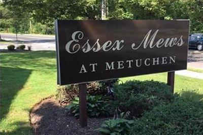Metuchen Condo/Townhouse For Sale: 165 Essex Avenue #305