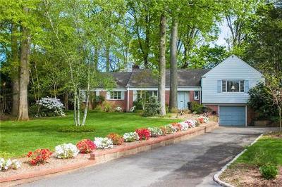 Edison Single Family Home For Sale: 42 Edgewood Road