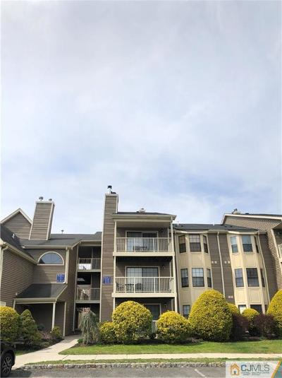 East Brunswick Condo/Townhouse For Sale: 60 Lear Court #60