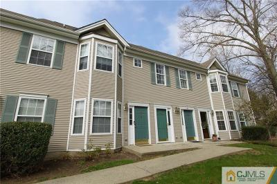 East Brunswick Condo/Townhouse For Sale: 1708 Cypress Lane #8