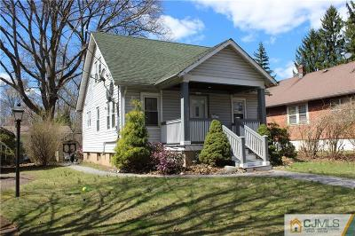 Metuchen Single Family Home For Sale: 13 James Place
