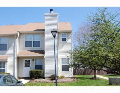 Somerset County Condo/Townhouse For Sale: 10 Canterbury Circle