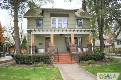 Single Family Home Active - Atty Revu: 220 Harrison Avenue