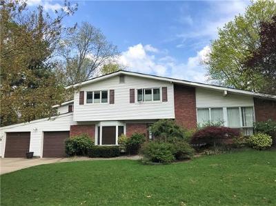 East Brunswick Single Family Home For Sale: 5 Hamlin Road