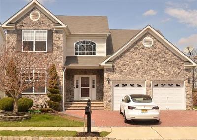 Monroe Single Family Home For Sale: 54 Bay Hill Boulevard