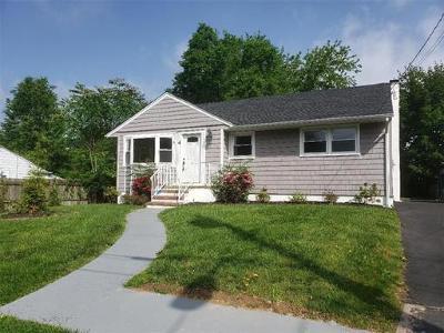 Sayreville Single Family Home For Sale: 4 Fairview Avenue