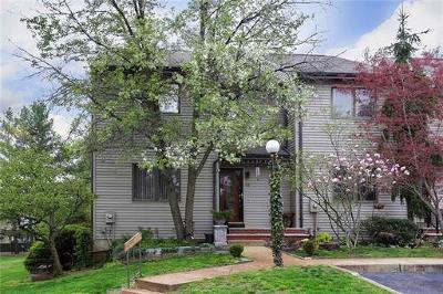 Old Bridge Condo/Townhouse For Sale: 78 Sierra Court #78