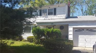 Metuchen Single Family Home Active - Atty Revu: 346 Durham Avenue