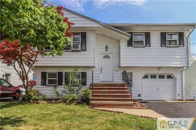 Iselin Single Family Home For Sale: 84 Brown Avenue