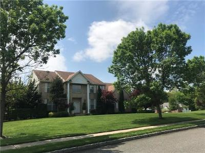 Single Family Home For Sale: 34 Andrew Drive