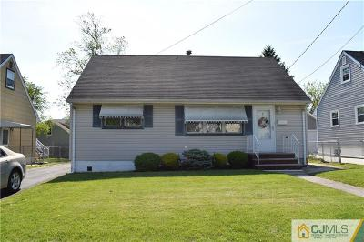 Sayreville Single Family Home For Sale: 8 Kathleen Place