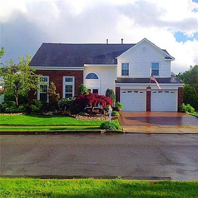 Sayreville Single Family Home For Sale: 71 Major Drive