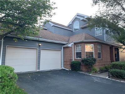 Monroe Single Family Home For Sale: 3 Inverness Court