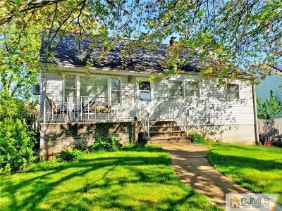 Iselin Single Family Home For Sale: 146 Bedford Avenue