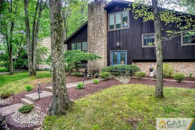 Single Family Home For Sale: 11 Boston Post Road