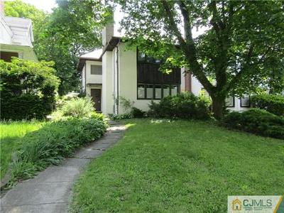 Perth Amboy Single Family Home For Sale: 172 #b High Street
