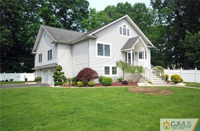 North Edison Single Family Home For Sale: 899 Beatrice Parkway