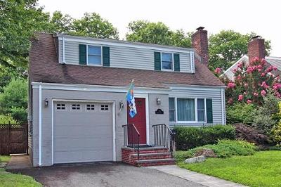 Metuchen Single Family Home For Sale: 77 Kempson Place