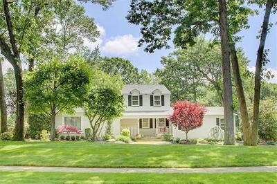 East Brunswick Single Family Home For Sale: 74 Yorktown Road