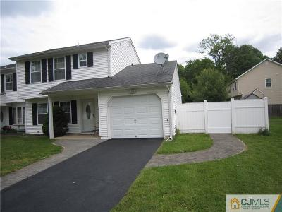 South Plainfield Condo/Townhouse For Sale: 227 Scalera Street