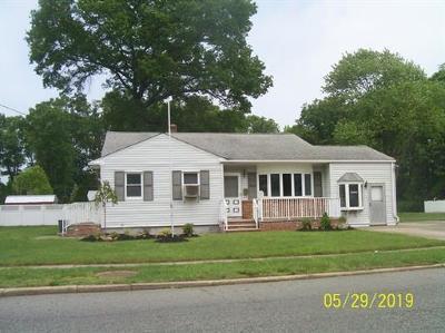 South Plainfield Single Family Home For Sale: 287 S Plainfield Avenue