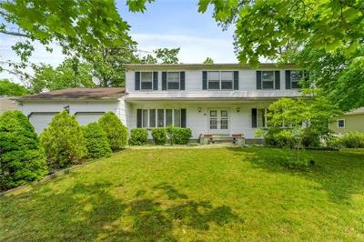 Monroe Single Family Home For Sale: 6 Mayberry Avenue