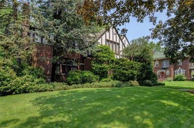Elizabeth Single Family Home For Sale: 15 Denman Place