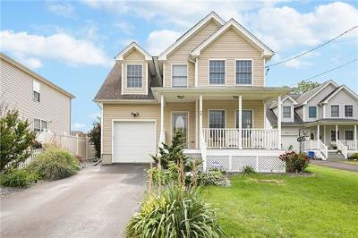 Monroe Single Family Home For Sale: 25 New Street
