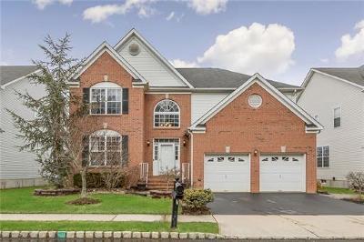 Monroe Single Family Home For Sale: 50 Bay Hill Boulevard