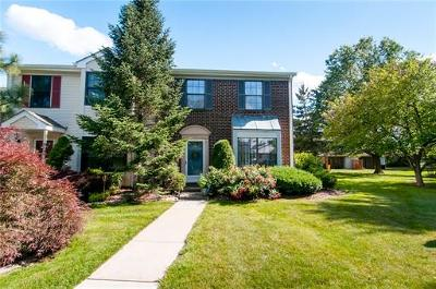 East Brunswick Condo/Townhouse For Sale: 462 Andover Place #462