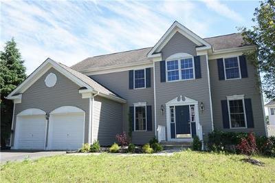Old Bridge Single Family Home For Sale: 21 Overhill Drive