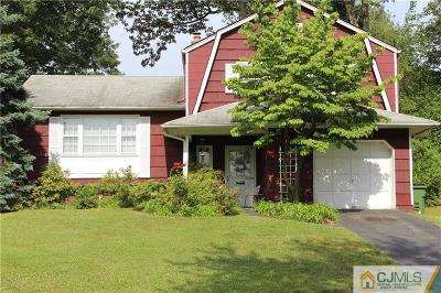 Sayreville Single Family Home For Sale: 61 Fanwood Drive
