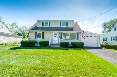 Old Bridge NJ Single Family Home For Sale: $339,900