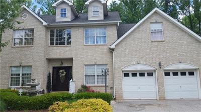 Edison Single Family Home For Sale: 54 Melbloum Lane