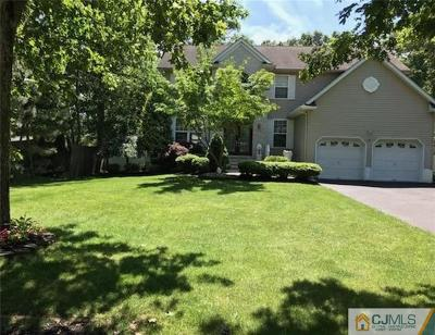 Old Bridge NJ Single Family Home For Sale: $629,000