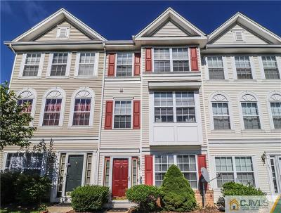 Sayreville Condo/Townhouse For Sale: 55 Nathan Boulevard #7