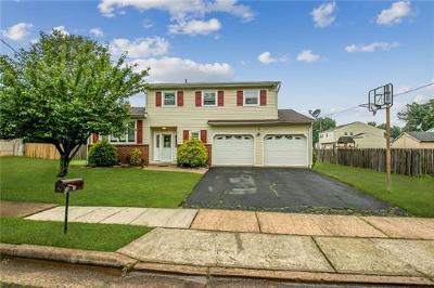 Edison Single Family Home For Sale: 3 Wren Court