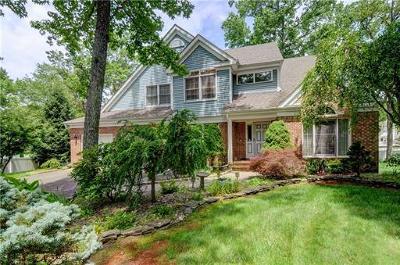 Old Bridge Single Family Home For Sale: 4 Eagle Court