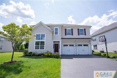 Piscataway Single Family Home For Sale: 6 Dahlia Court