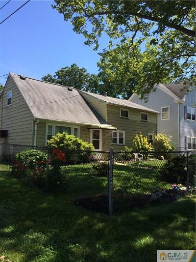 Iselin Single Family Home For Sale: 221 Bloomfield Avenue