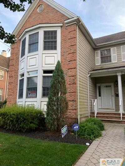 Metuchen Condo/Townhouse For Sale: 67 Center Street