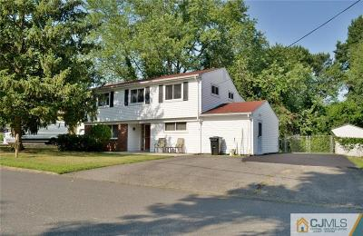 Old Bridge Single Family Home For Sale: 3 Sherwood Lane