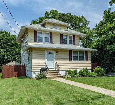Colonia Single Family Home For Sale: 460 Fairview Avenue